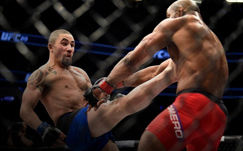 UFC 254: vapaaottelun mestarit taistossa